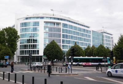 Immeuble le BALTHAZAR ( R. Meier / Mas et Roux architectes)